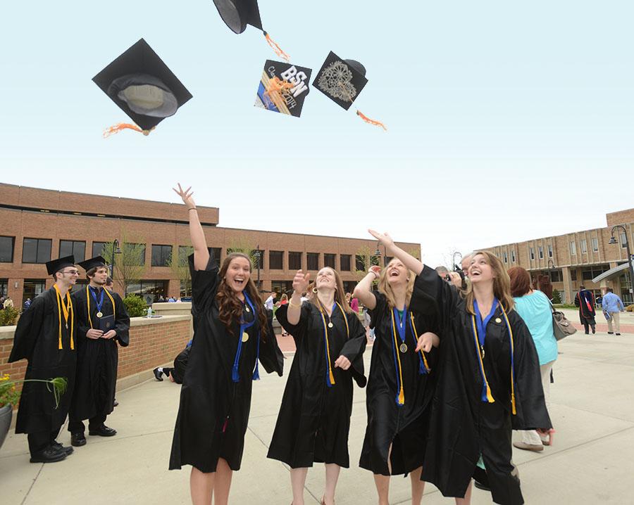 Kent State Graduates 352 Nursing Students During National Nurses Week