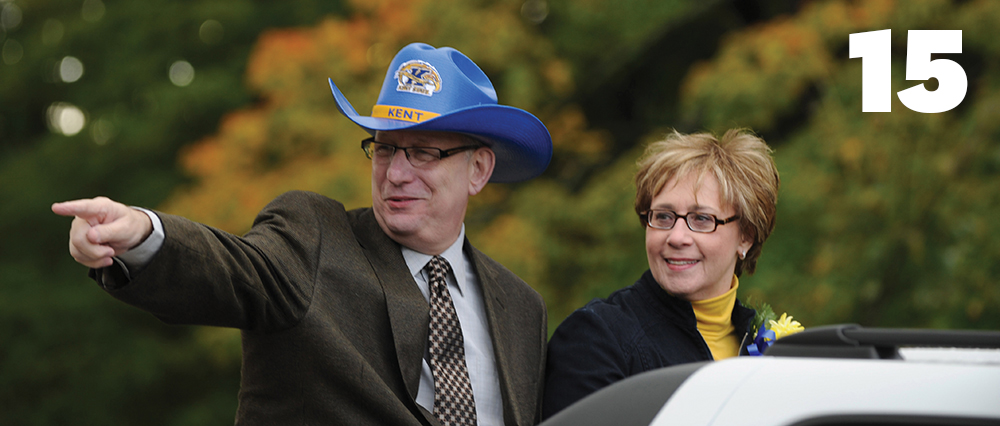 President Lester Lefton and Linda Lefton kick off Kent State's year-long 100th anniversary at the parade