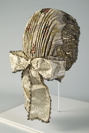 Czech bonnet