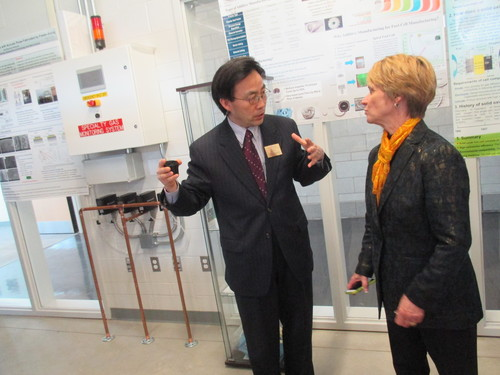 President Beverly Warren visits Fuel Cell Lab during the ATB Grand Opening