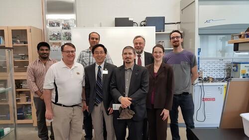 Mr. Paul Jackson visits Fuel Cell Lab