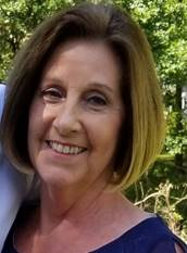 Debbie Roeder Headshot
