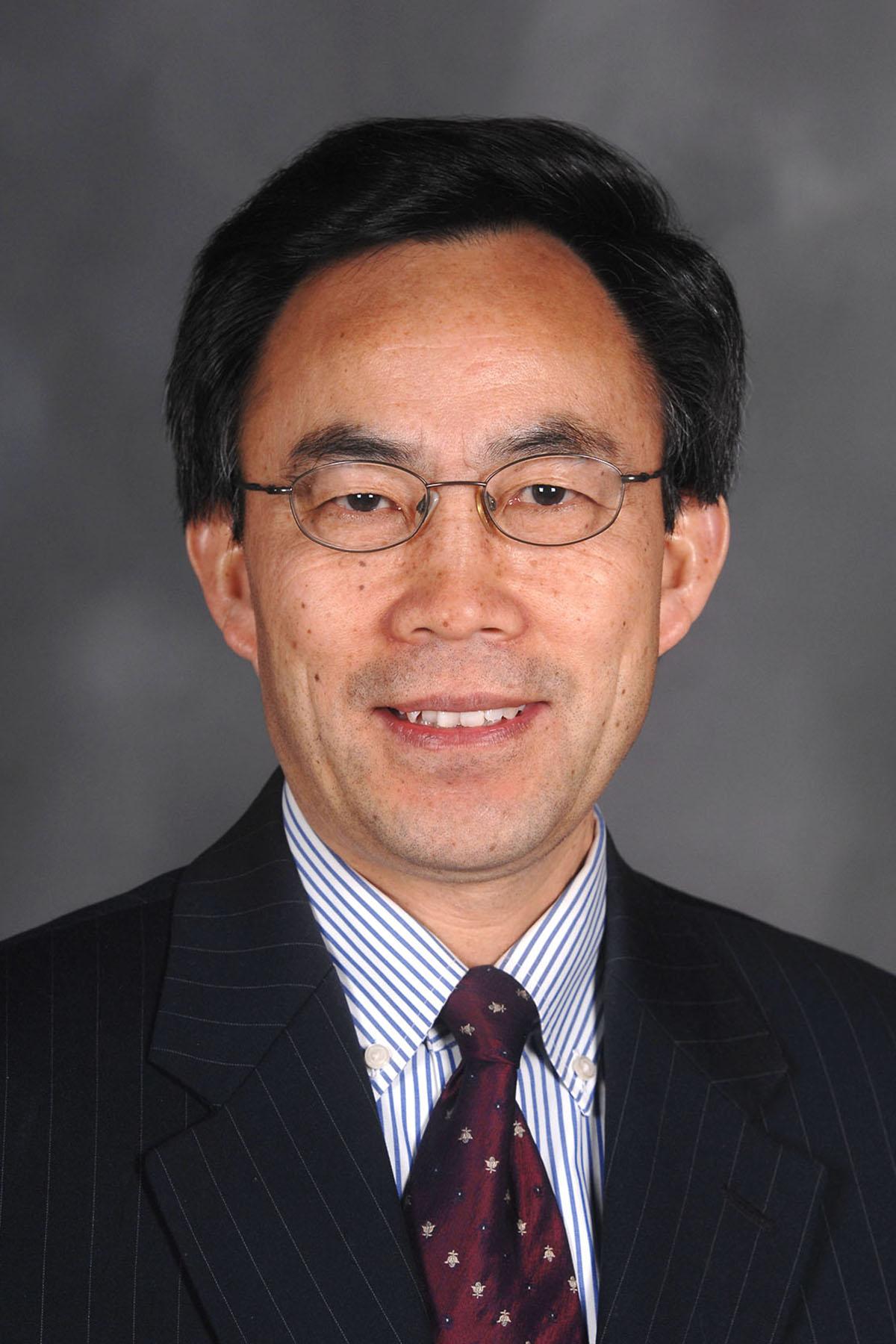 Headshot of Dr. Yanhai Du
