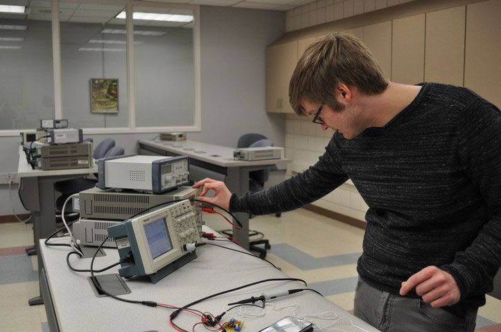Electrical student working in the electronics lab