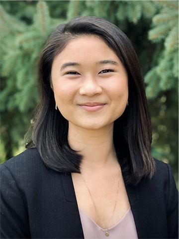 Headshot of Eunice Reyes