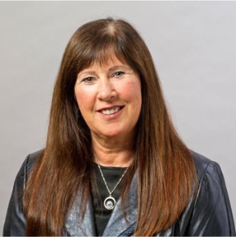 Janet White Headshot