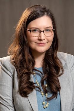 Kate Ganczarz headshot
