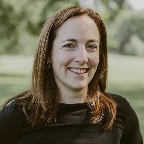 Lauren, Communication Officer Alumni Board, Headshot