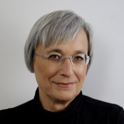 Headshot of Maja Žumer