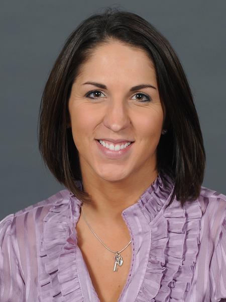 Michelle Rura headshot.