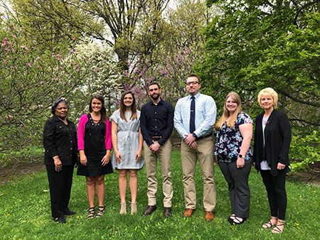 College of Nursing Dean Barbara Broome (far left) and Tracey Motter (far right), associate dean for undergraduate programs, stand with Kent State nursing 2018 ASCEND students Hannah Miller, Paige Barnum, Brian Cochran, Ryan Dowling and Samantha Kenney.