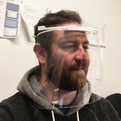 Man wearing Face Shielf