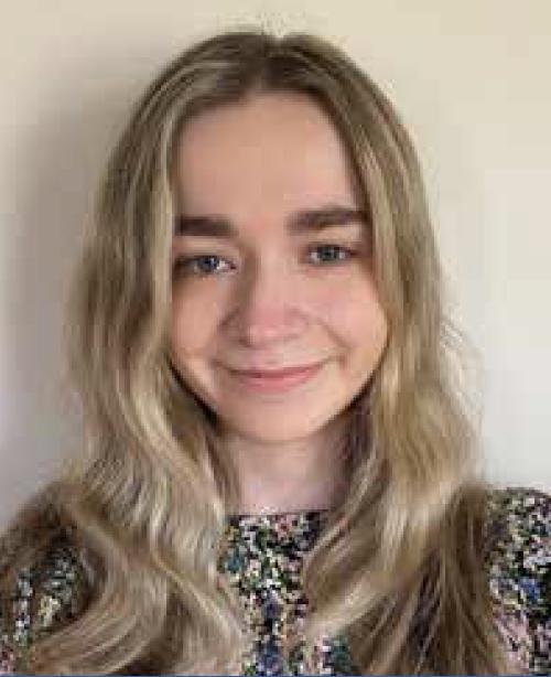 Paige Bennett Headshot
