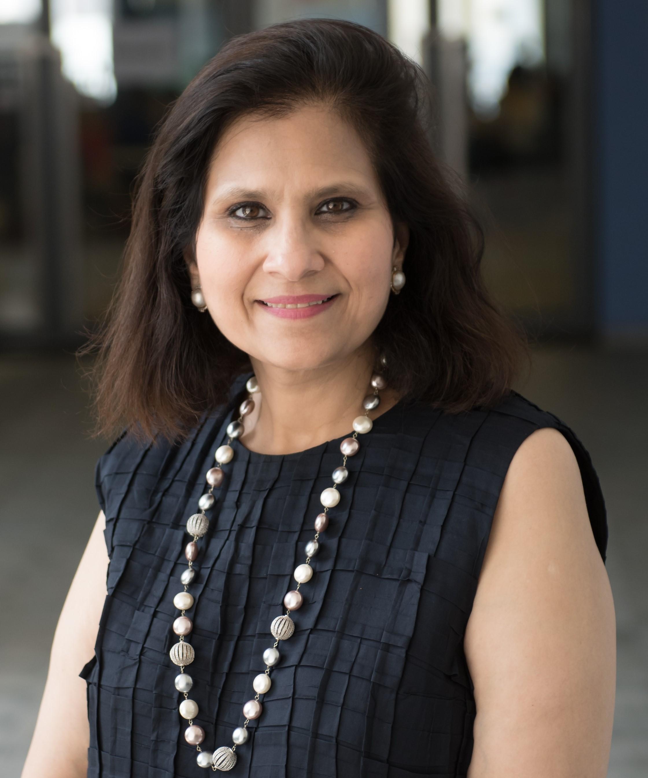 Shonal Agarwal Headshot