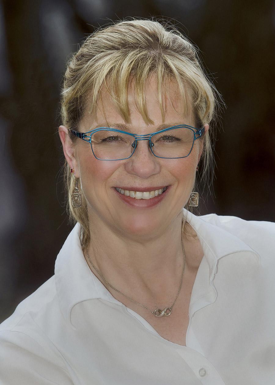 Angela Salsbury, Ph.D., Dean, Regional Academic CenterGeauga& Kent State Geauga