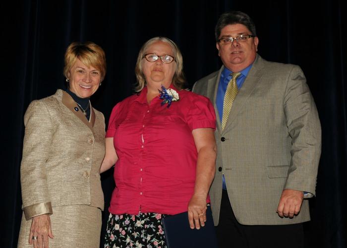 Inductee, Karen Harper with President Warren and Vice President Jarvie