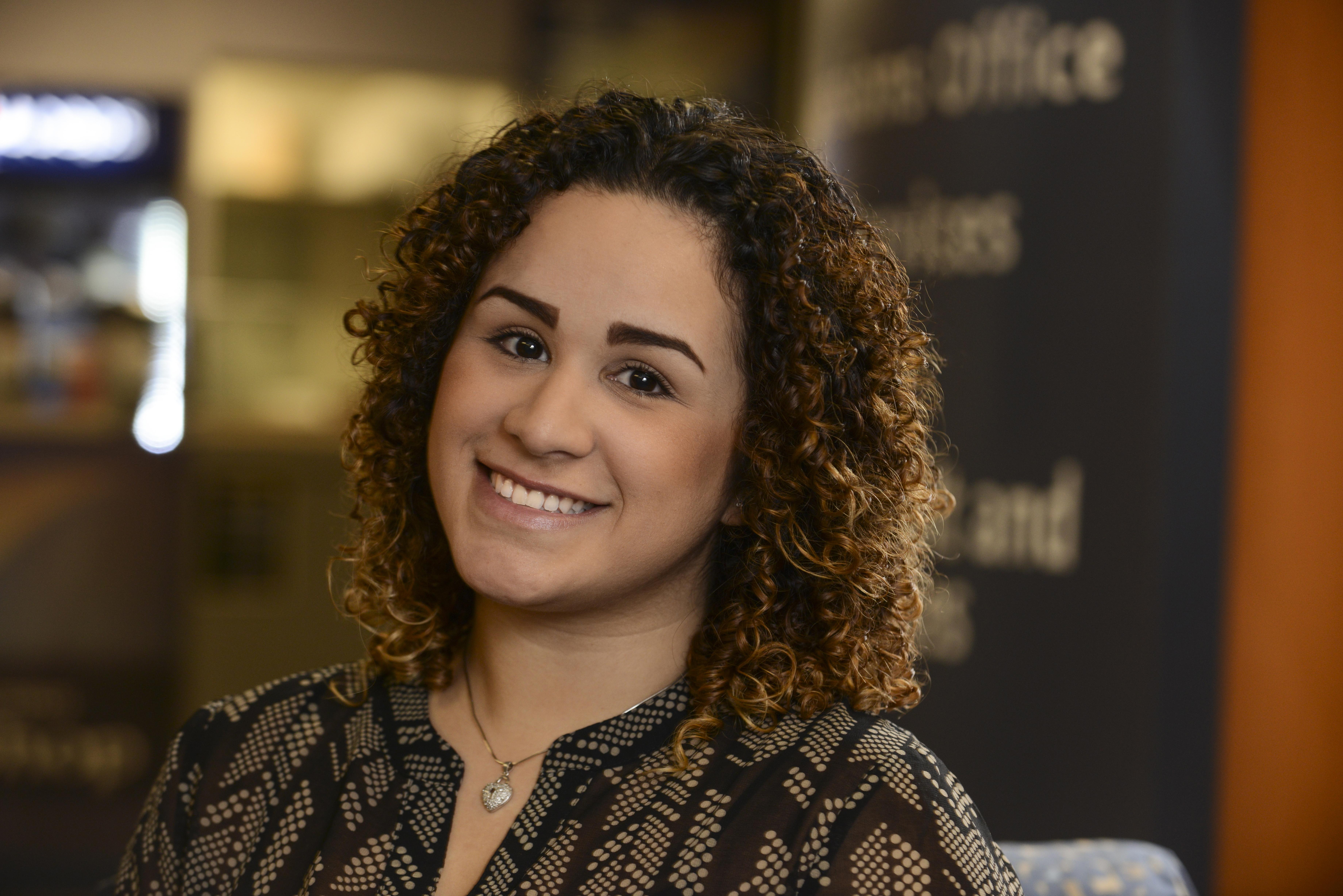Natalia Román, Women's Center Scholarship Recipient
