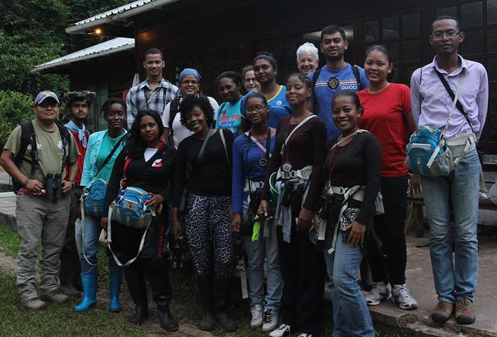 Students and instructors of the 2015 Primate Ecology and Conservation Workshop in Suriname