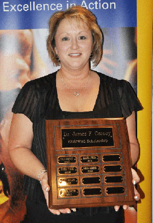 Sandra Anderson, a Kent State Salem student, received the James Cooney Scholarship, which is awarded to a non-traditional female student attending the campus.