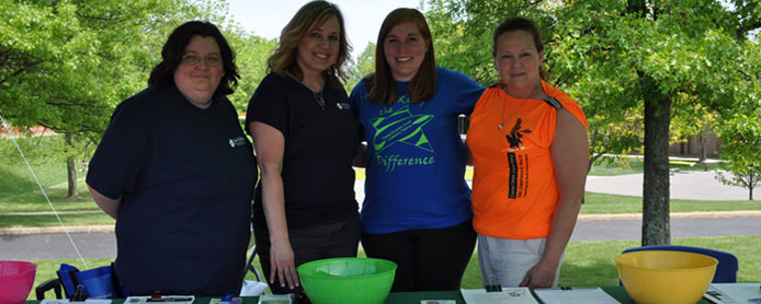On hand at the Kent State Salem Flash Dash were (from left) Elsie English and Cynthia McCallum of the Behavioral Medicine and Wellness Center at Salem Community Hospital; Lynsi Drotleff of the Alcohol Drug Abuse Prevention Team, Young Adult Prevention Ini