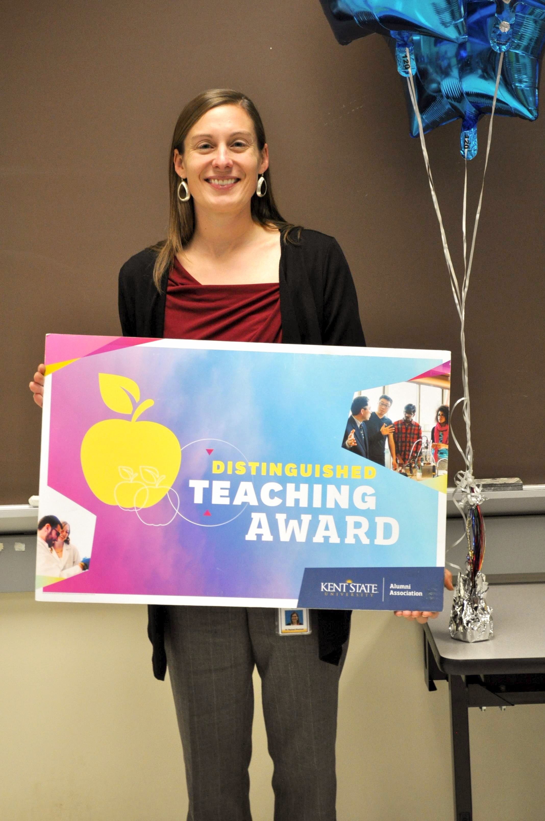 Rachael Blasiman wins the Distinguished Teaching Award