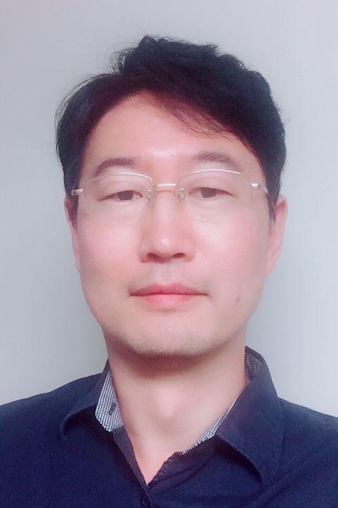 Dr. Woo-Yang Kim