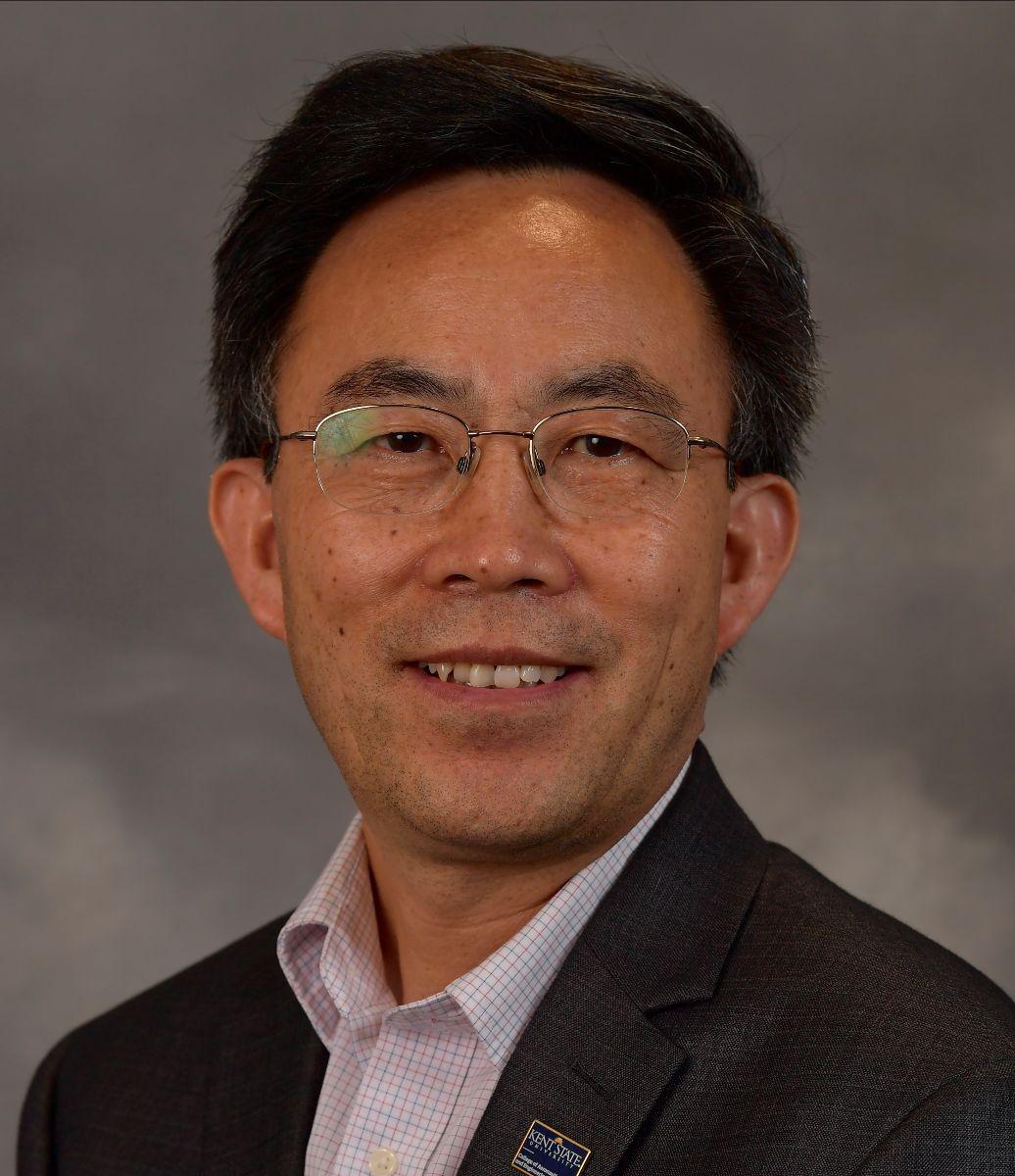 Yanhai Du, Ph.D., Associate Professor in the College of Aeronautics and Engineering