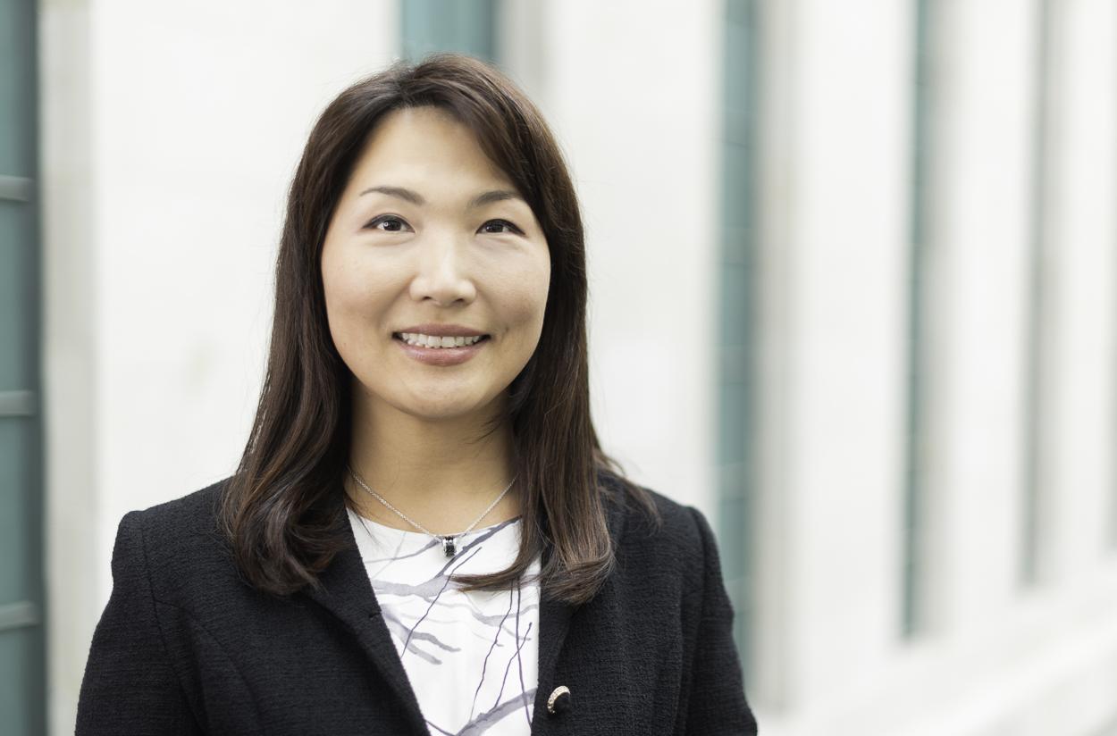 Dr. J Kim