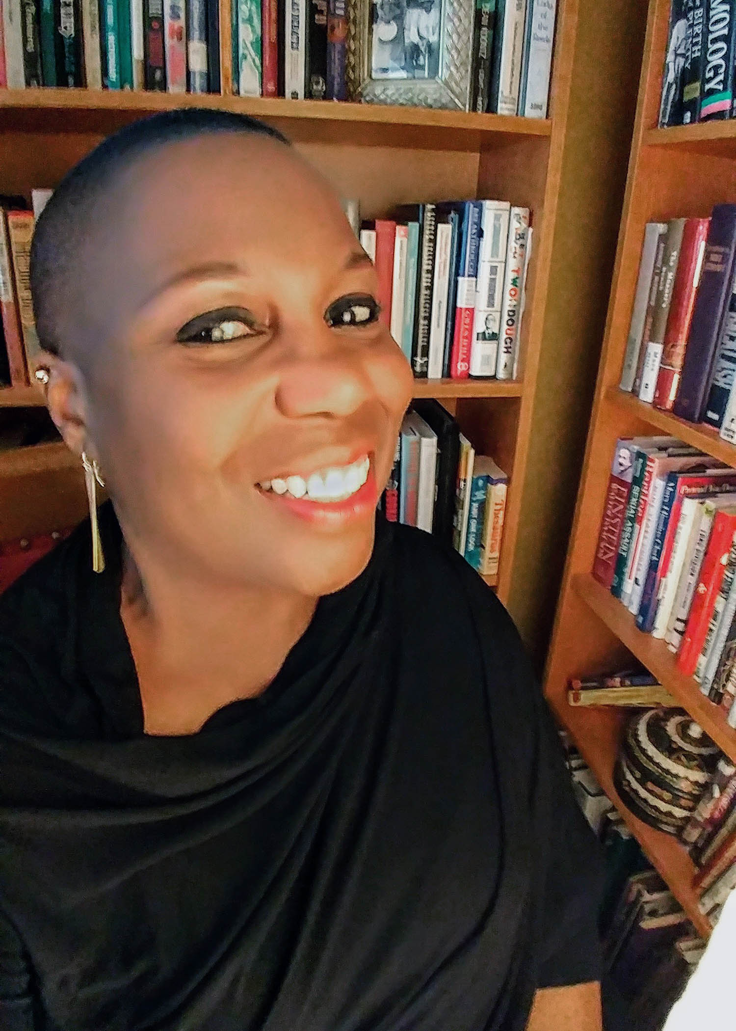 Bertice Berry, Ph.D., an award-winning, lecturer and comedienne and Kent State University alumna, will serve as the keynote speaker at Kent State's 16th annual Martin Luther King Jr. Celebration. The event will take place Jan. 25 at 3:30 p.m. in the Kent Student Center Ballroom. (Photo provided by Bertice Berry)