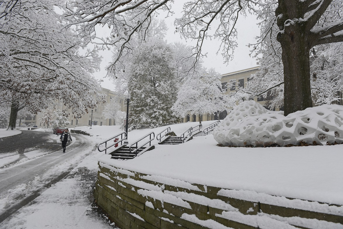 Photo of Kent State campus - winter