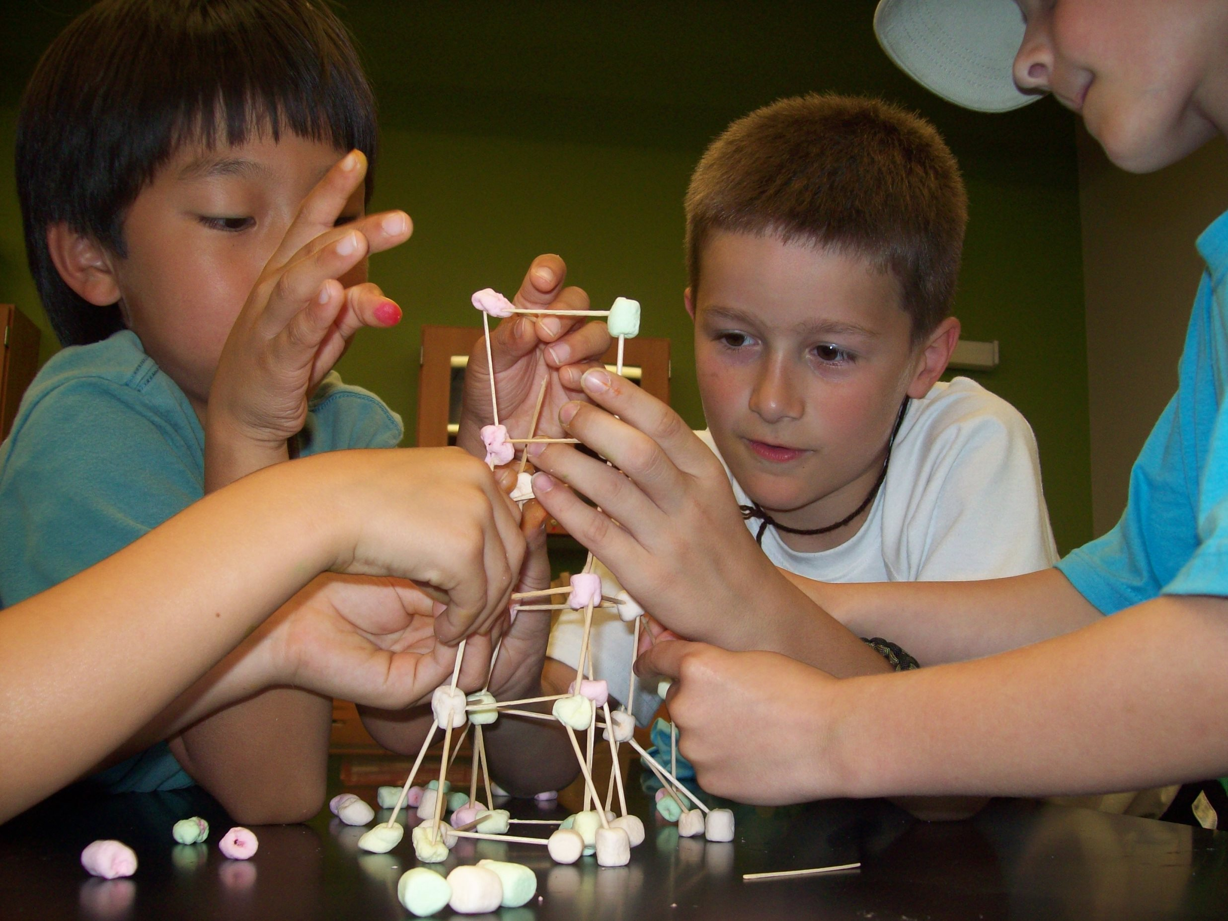 Photo from Great Lakes Science Center summer camp - photo credit Great Lakes Science Center