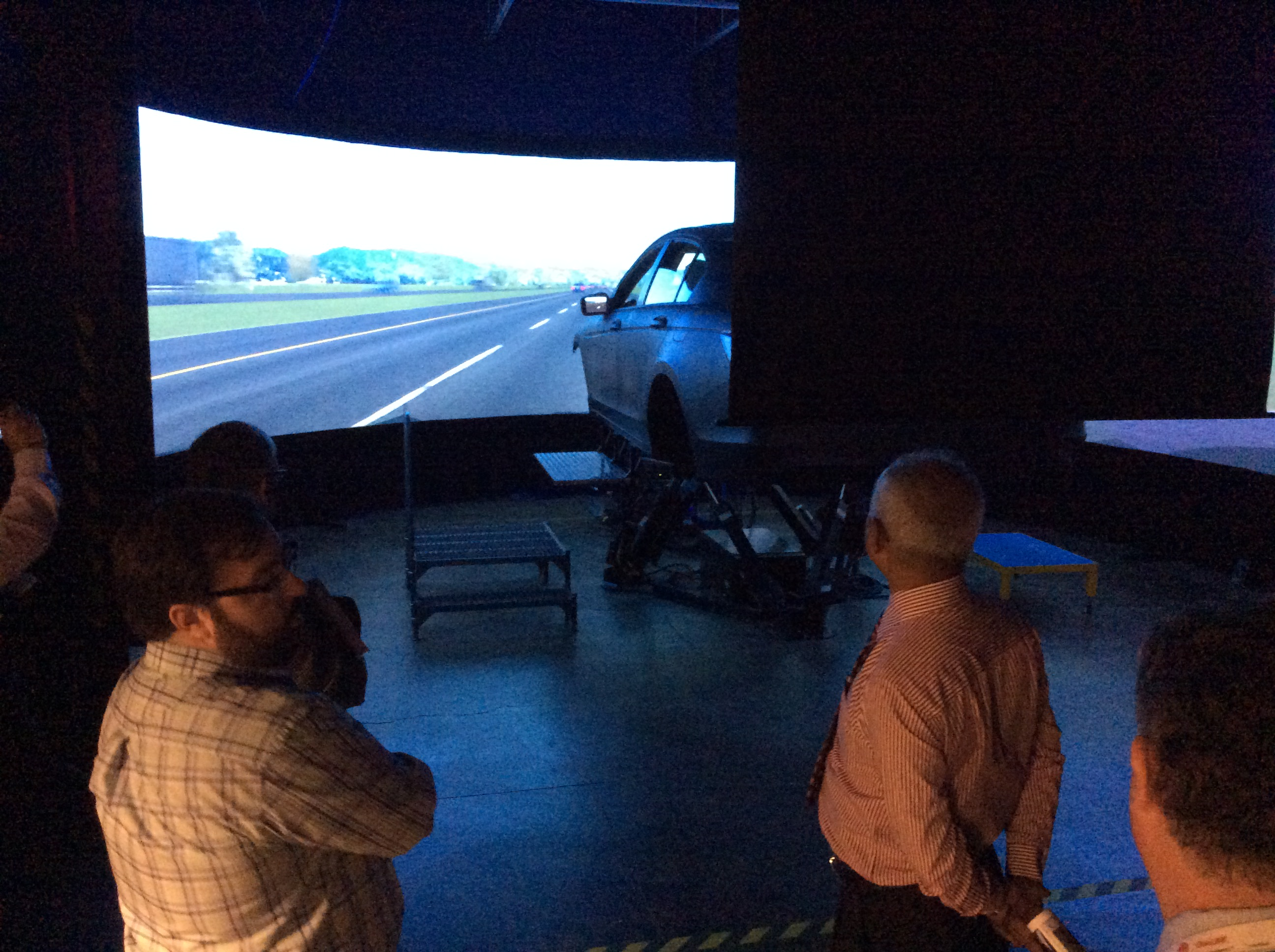 Bangladesh Delegates Visit Driving Simulation Lab