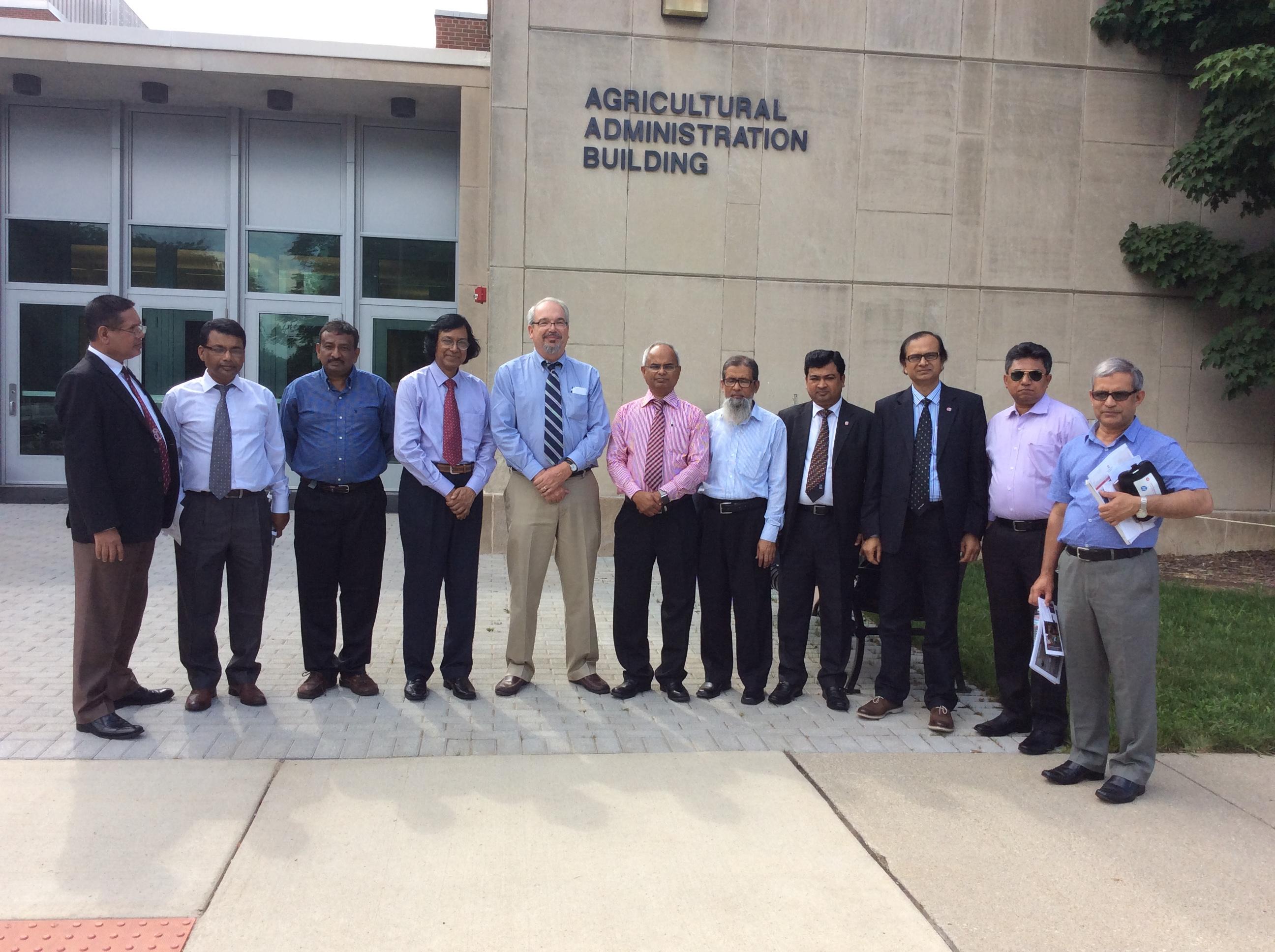 Bangladesh Delegates Visit Ohio State University