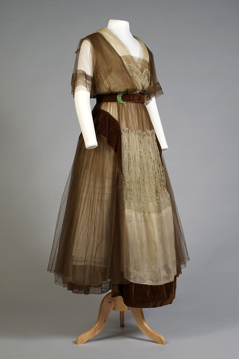 Brown tulle and velvet evening dress with silver lace American, ca. 1916 Chiffon, velvet, net