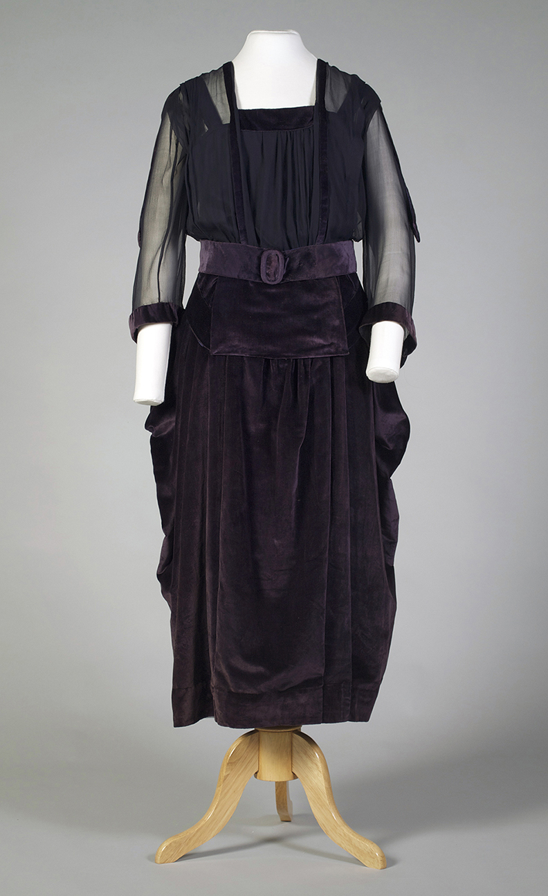 Purple velvet and chiffon dress American, 1918 Silk velvet, chiffon