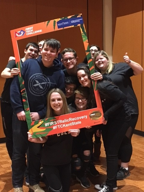 2018 FIRST Tech Challenge attendees pose with selfie frame