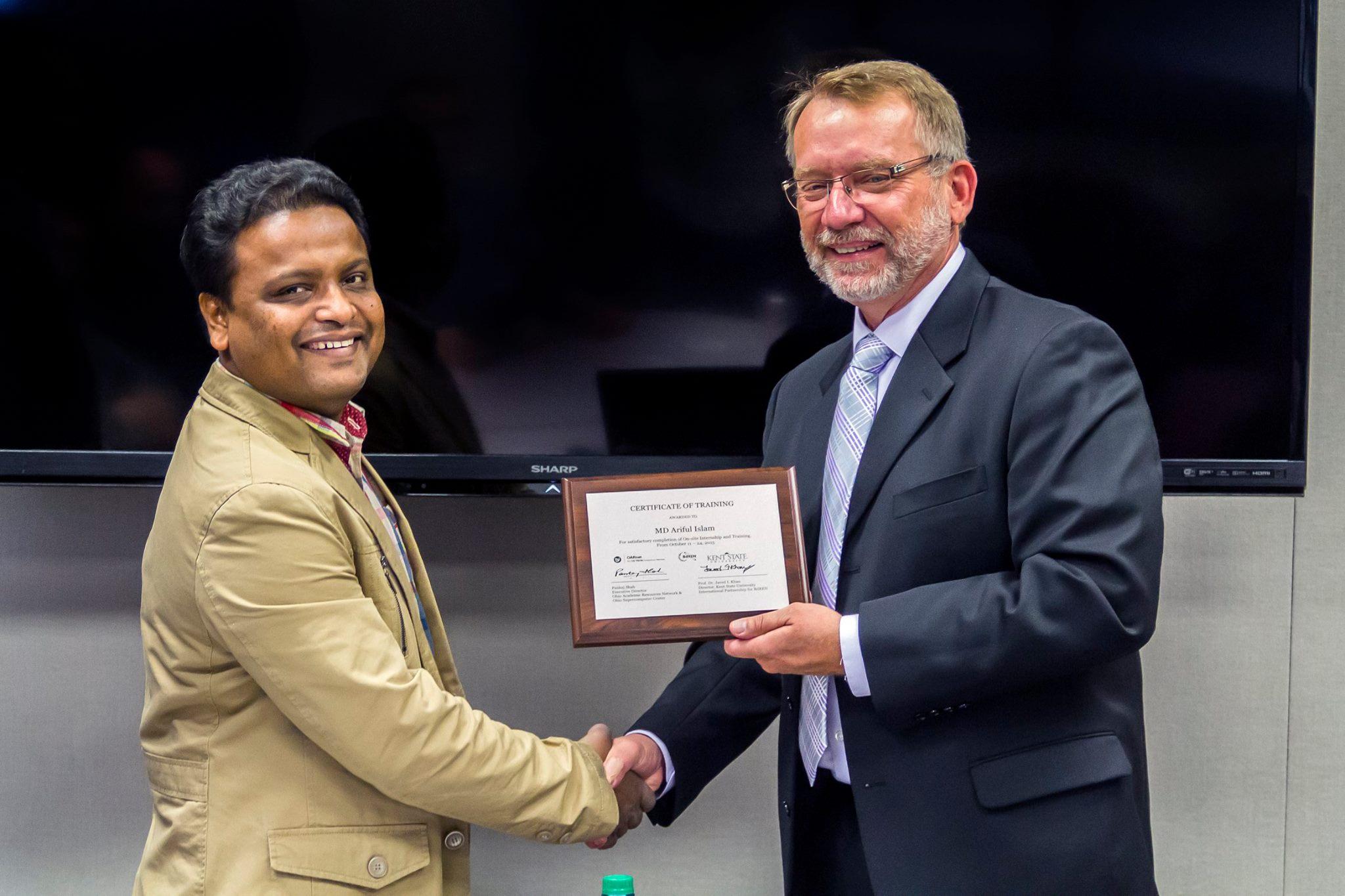 Ariful receiving certificate
