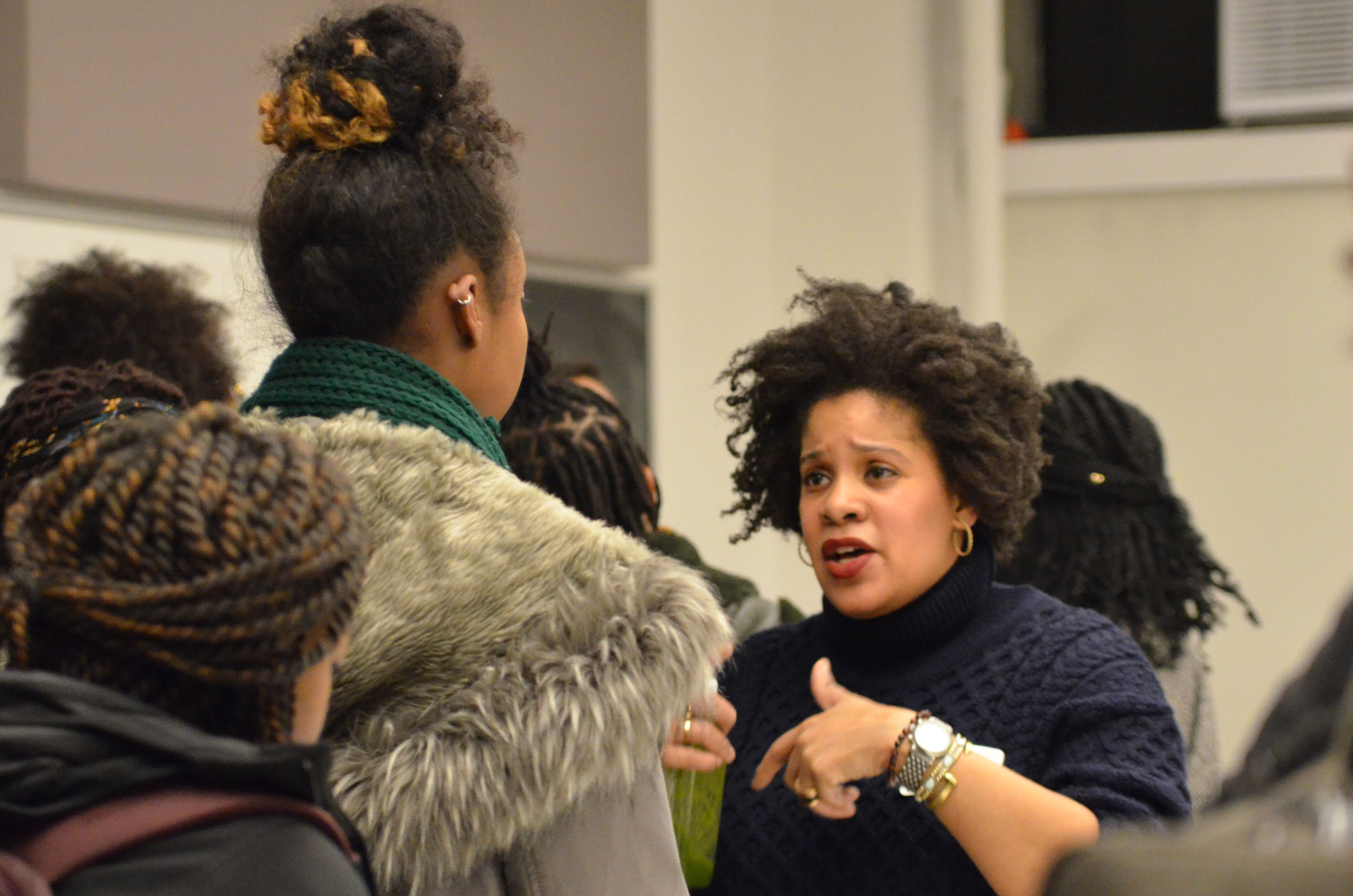 Holley networking with students during the 2019 NYC Studio diversity event