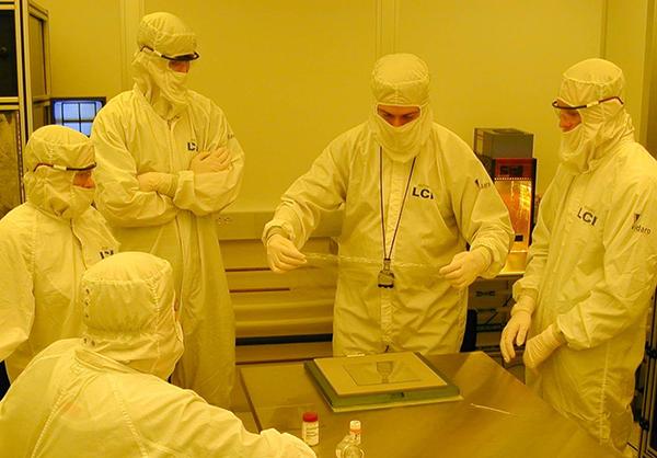 Liquid Crystal Institute Clean Room
