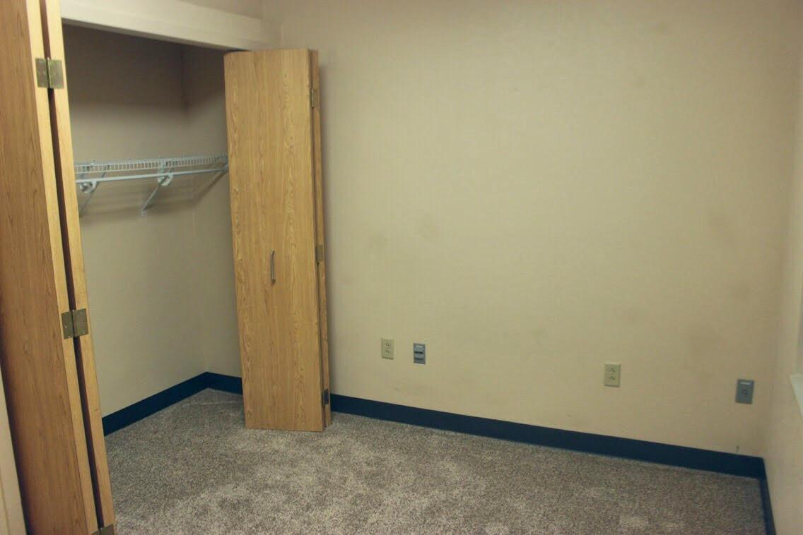 View RHD Room 13 in high resolution