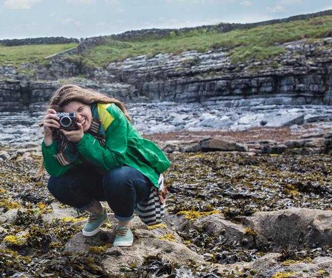 Anna Hoffman '15 in Ireland, photo by Alex Ledet '18