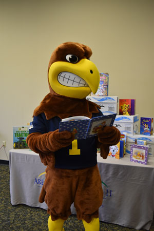 Flash loves to read!