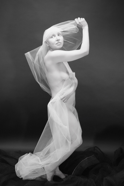 Oxana Dallas, The Fragile Beauty of Hope
