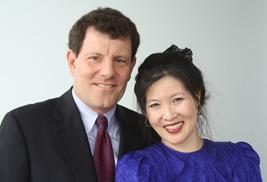 Photo of Nicholas Kristof and Sheryl WuDunn
