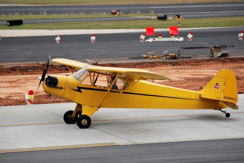 photo Piper J-3 Cub, private owner