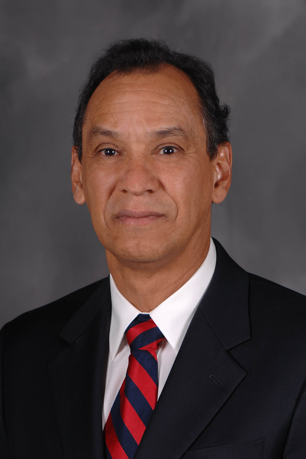 Dr. Oscar Rocha