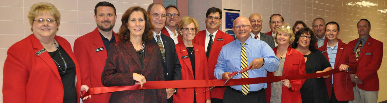 The Salem Area Chamber of Commerce Ambassadors led the ribbon cutting ceremony