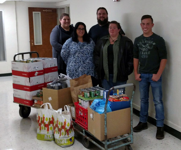 Thanksgiving Food Drive 2017 Kent State University at East Liverpool