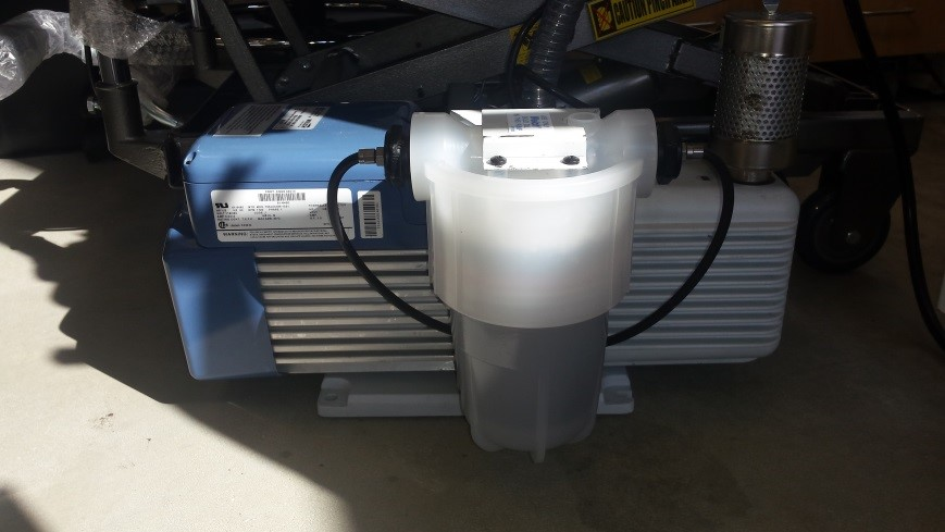 photo Fuel Cell Research, Welch 8917-A vacuum pump