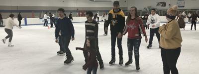group skating